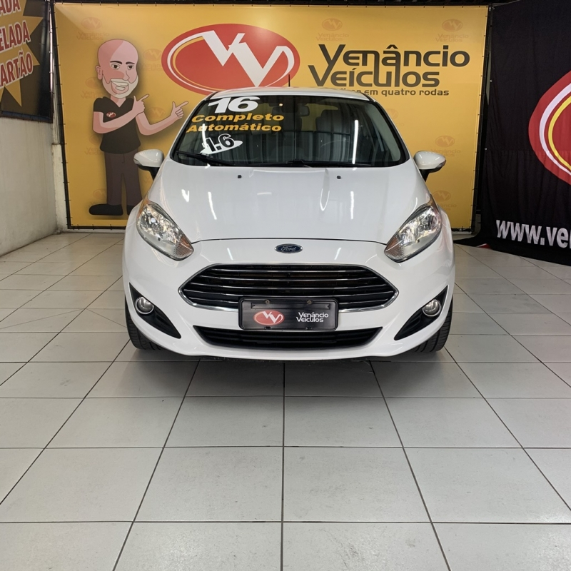 NEW FIESTA SEDAN 1.6 TITANIUM